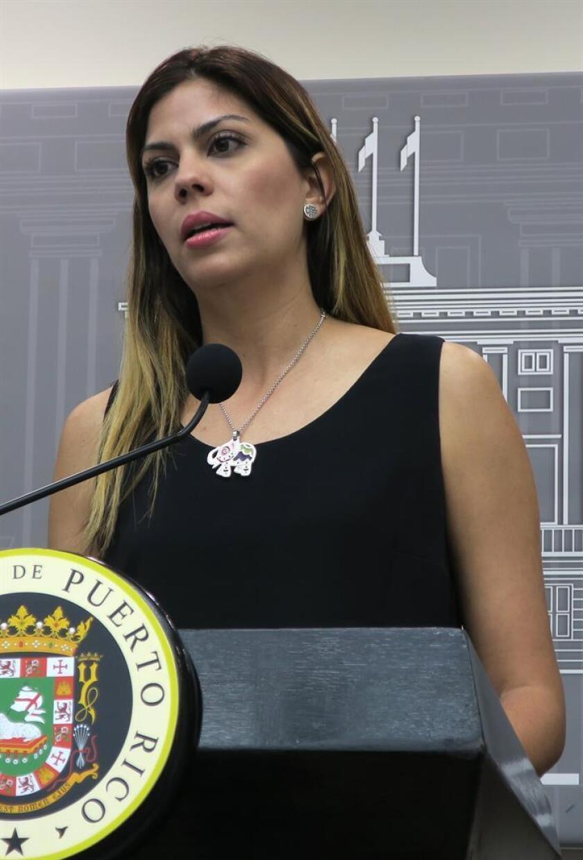 La secretaria del Departamento de Recreación y Deportes, Adriana Sánchez Parés, durante una conferencia de prensa. EFE/Archivo