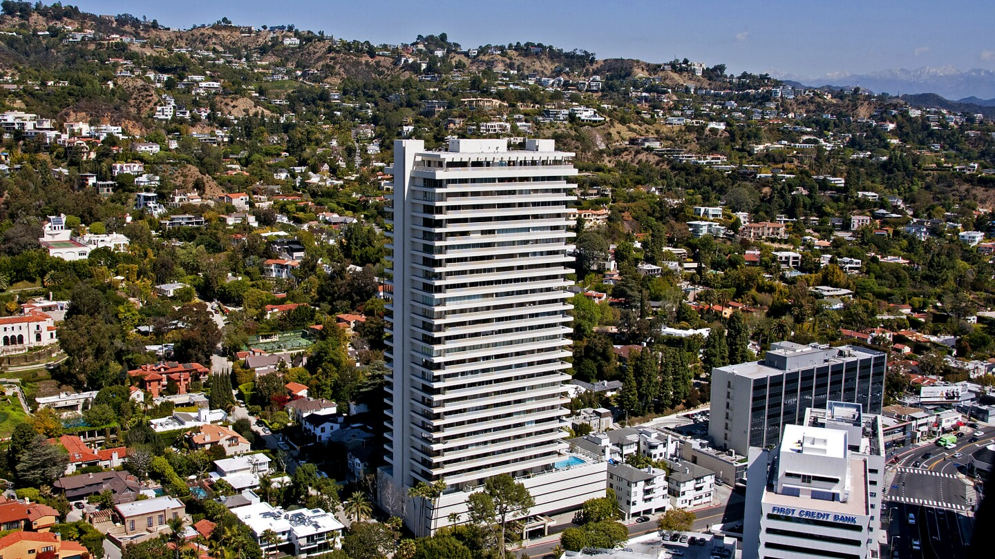 """Count """"Friends"""" star Courteney Cox among those selling during the pandemic. The actress sold her condo at the Sierra Towers building in an off-market deal for $2.9 million."""