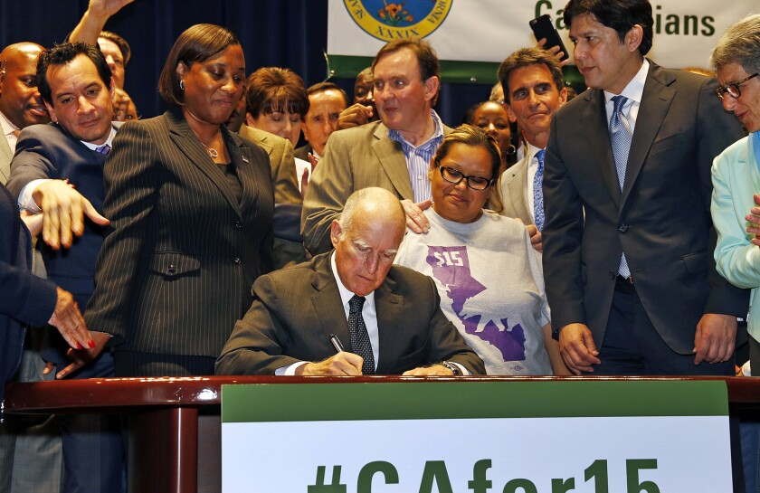 Jerry Brown signs minimum wage bill
