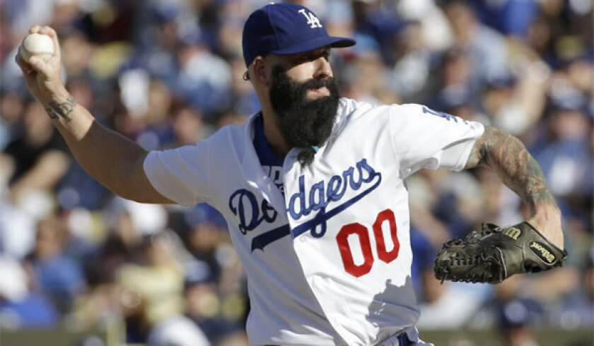 Dodgers moving toward deal with Brian Wilson