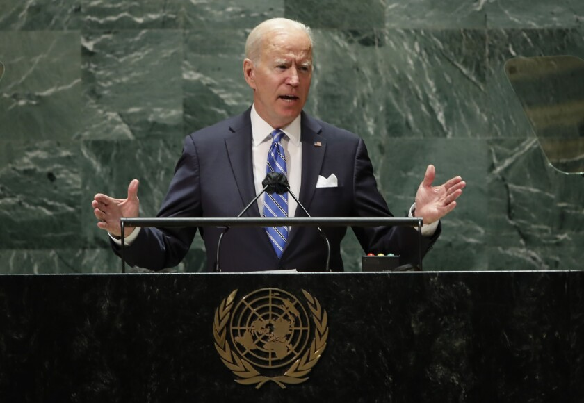 El presidente estadounidense Joe Biden habla en la 76ta sesión de la Asamblea General de las Naciones Unidas en la sede de la ONU en Nueva York, martes 21 de setiembre de 2021. (Eduardo Muñoz/Pool Photo via AP)