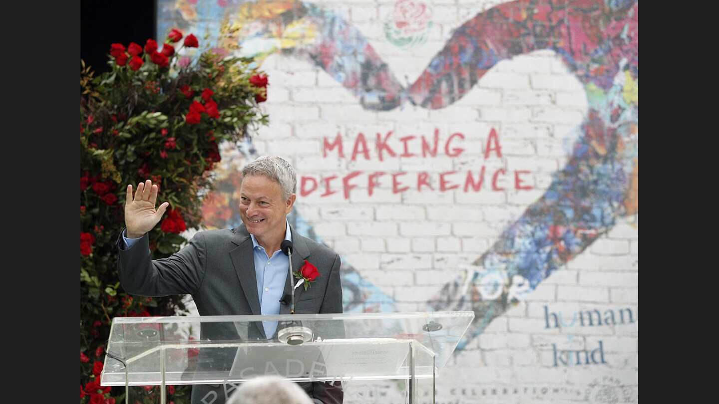 Photo Gallery: Gary Sinise selected as 2018 Tournament of Roses Grand Marshal
