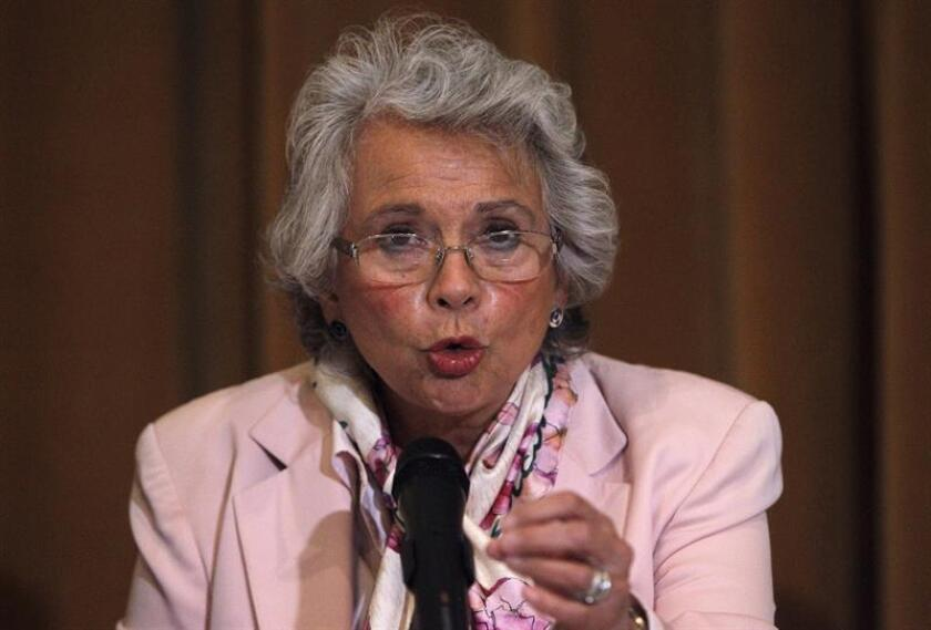 La licenciada en derecho Olga Sánchez Cordero, elegida como secretaria de Gobernación (Interior), habla durante una rueda de prensa en Ciudad de México (México). EFE/Archivo