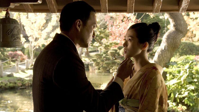 """Ken Watanabe and Ziyi Zhang in""""Memoirs of a Geisha"""""""