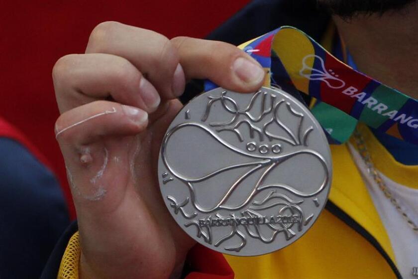 Fotografía de una medalla de plata de los Juegos Centroamericanos y del Caribe 2018. EFE