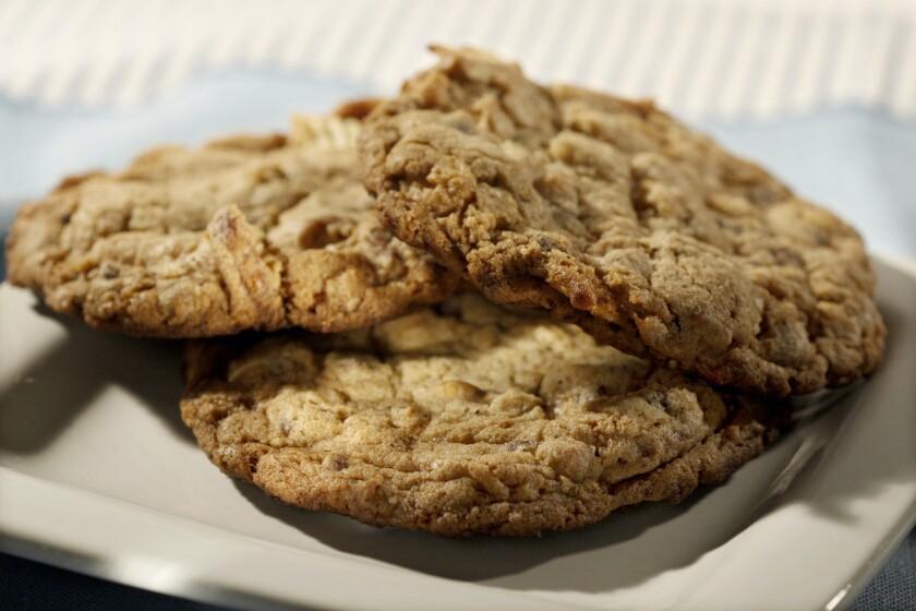 Recipe: Momofuku Milk Bar's compost cookies.