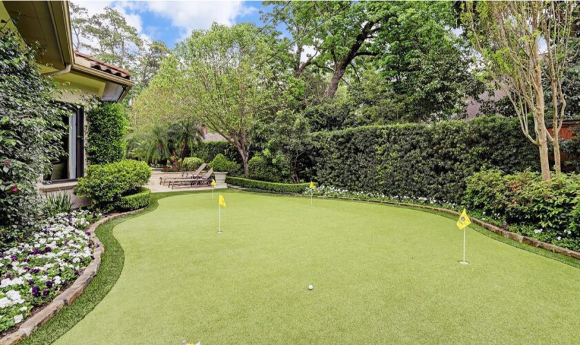 Pro golfer Mark O'Meara sells estate with putting green in Houston