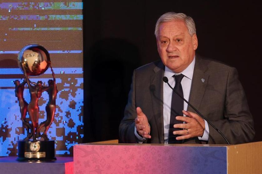 El presidente de la Asociación Nacional de Fútbol Profesional de Chile (ANFP), Arturo Salah. EFE/Archivo