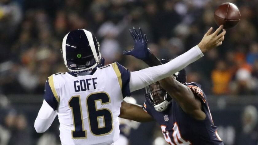Rams hope youngsters can keep offense in line against aggressive Bears defense
