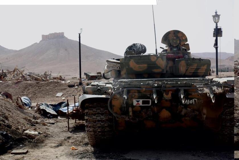 La coalición internacional contra el Estado Islámico (EI) liderada por Estados Unidos mató hace dos semanas a un líder del grupo yihadista en Siria, el tunecino Boubaker al Hakim, según confirmó hoy el Pentágono. EFE/ARCHIVO