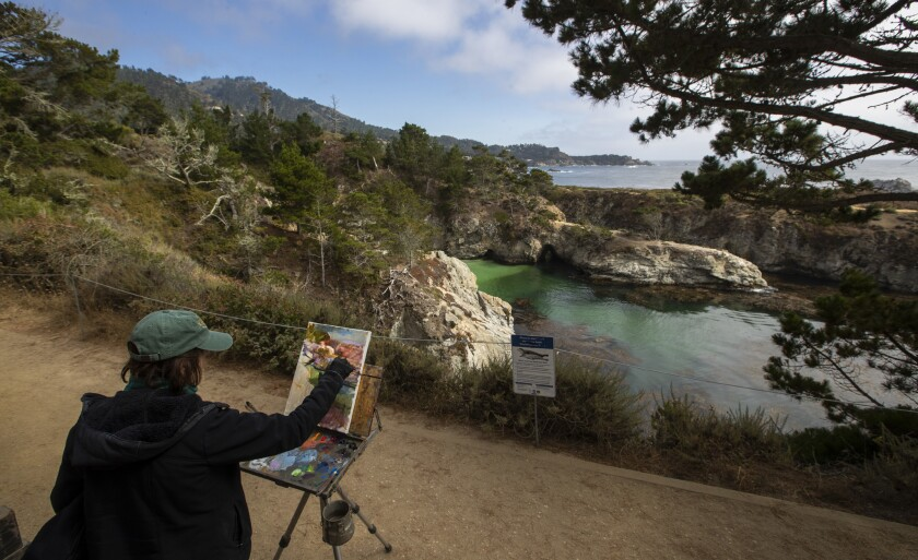 BIG SUR, CALIF. -- THURSDAY, AUGUST 2, 2018: Plein air painter Hilary Mills(CQ) paints the emerald g