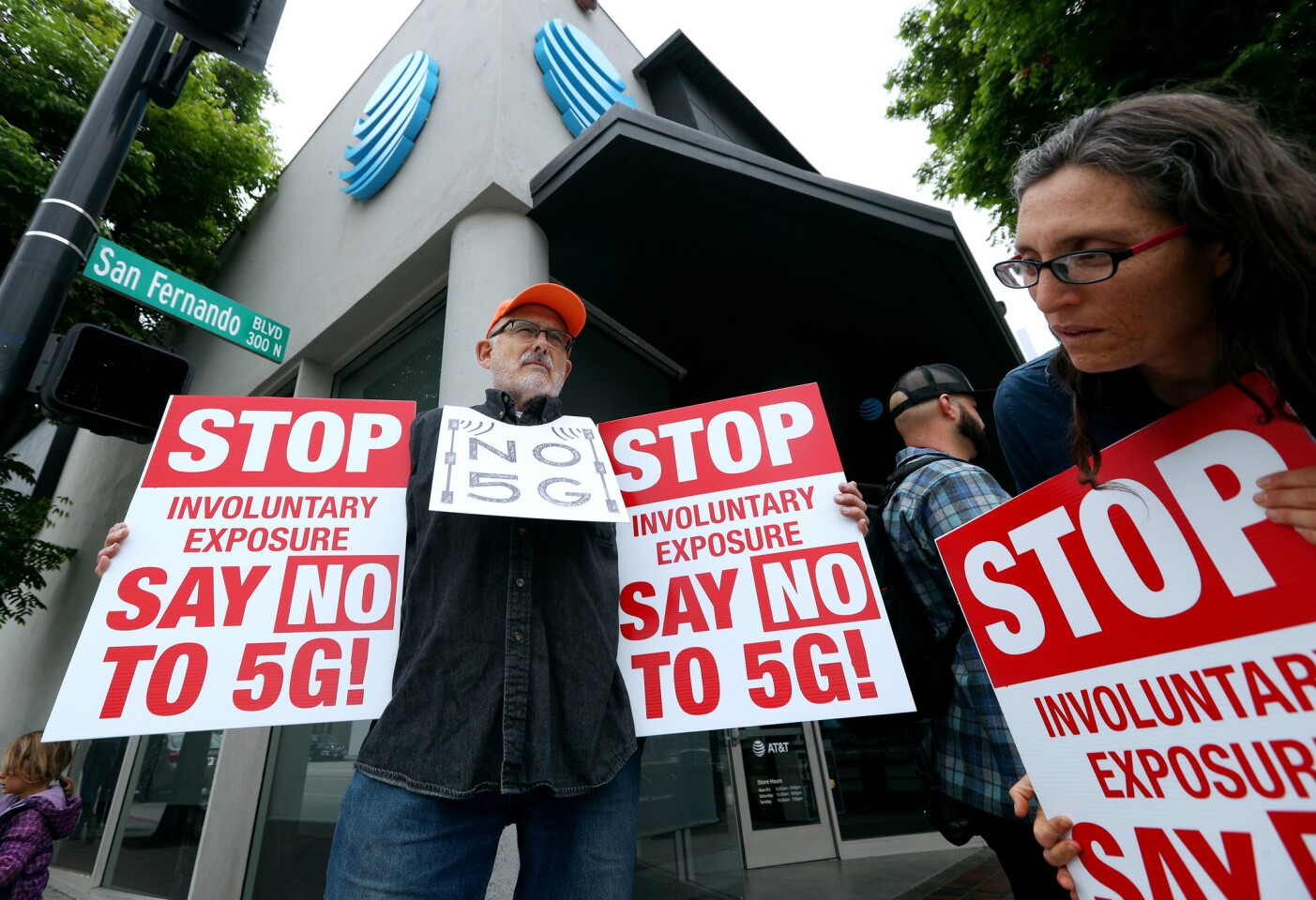 Photo Gallery: Locals protest against 5G at AT&T
