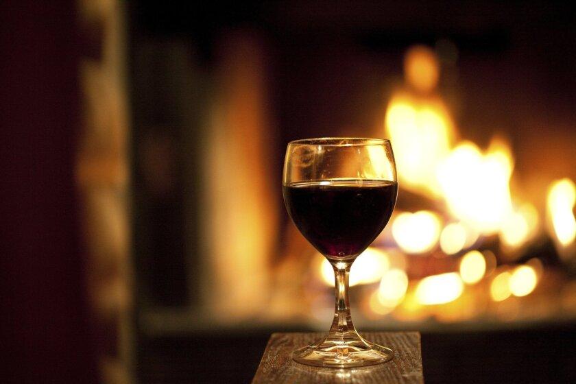 wineglass_and_fireplace
