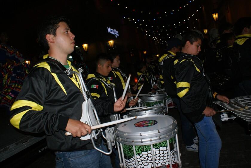 Los 130 músicos y 35 bailarinas de esta banda originaria de Xalapa, Veracruz ofrecerán diferentes presentaciones en el Sur de California.