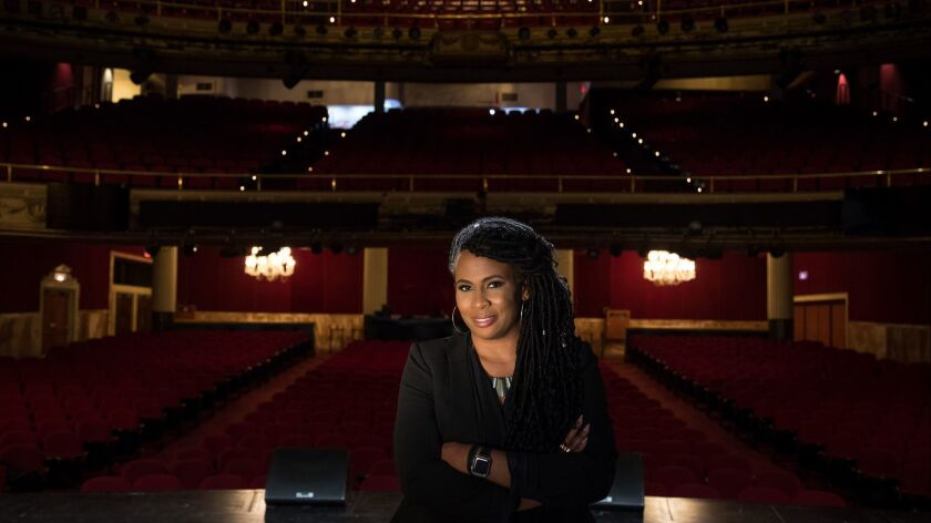 3076054_la-et-cm-culturally-specific-theaters-east-west-players-apollo