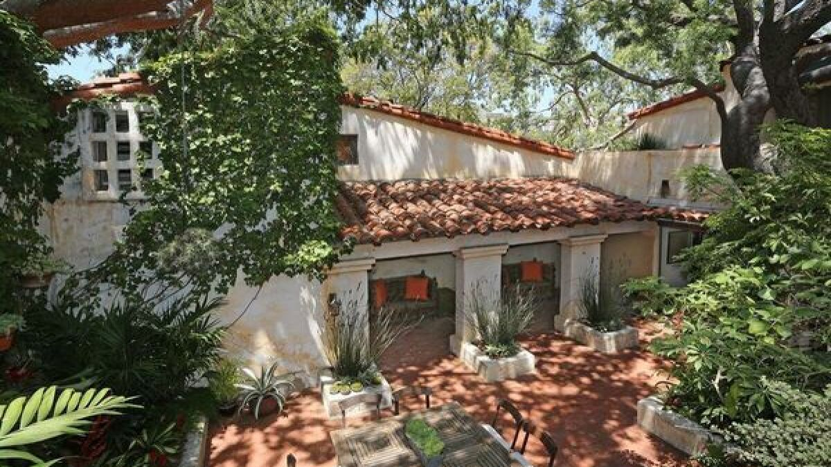 Dexter's' Michael C. Hall to sell '20s estate built for Ronald Colman - Los  Angeles Times
