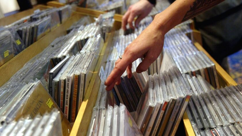 CD Sales Rebound In First Quarter Of 2004