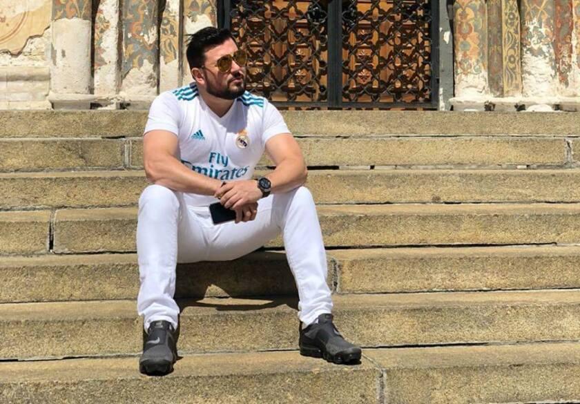 El cantante Roberto Tapia vuelve al ruedo con un tema idea para la era del #MeToo.