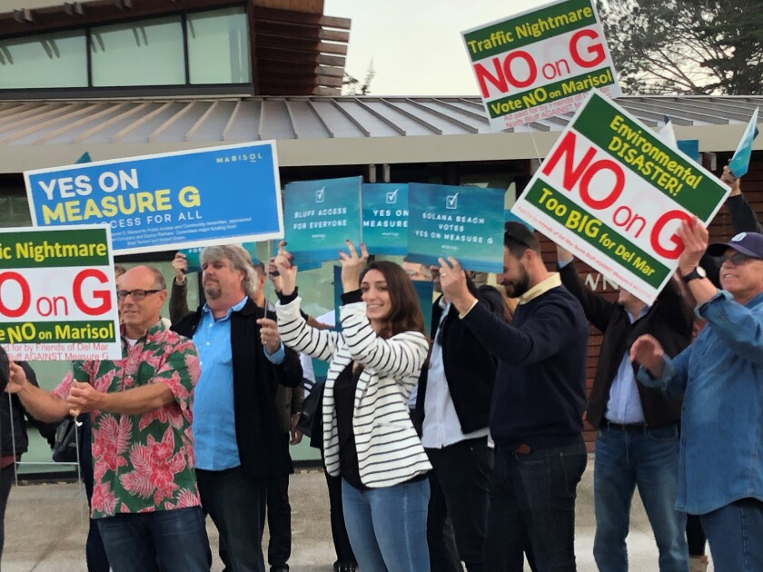 Del Mar residents gathered at City Hall for a Jan. 23 forum on the Marisol initiative, which would create zoning for a luxury hotel project if approved in the March 3 election.