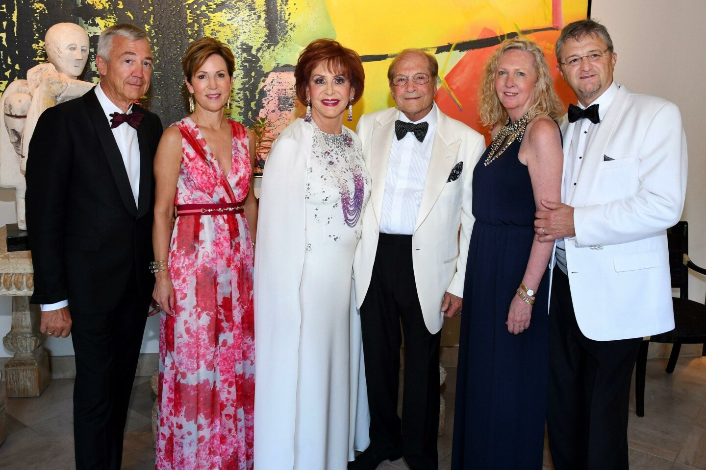 Peter Wagener and gala chair Sue Wagener with hosts Iris and Matthew Strauss, La Jolla Music Society president/artistic director Kristin and Thierry Lancino