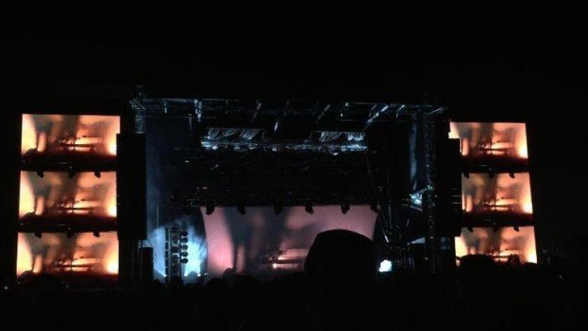 ZHU set at CRSSD Fest on Saturday, Oct. 10. (/ Liz Bowen)