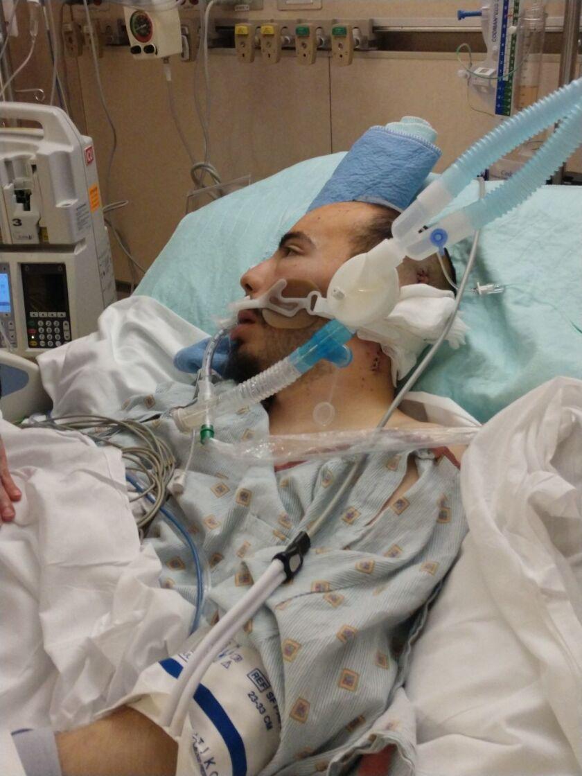Luis Mario Rodríguez permanece hospitalizado desde el 26 de enero. Hasta el momento le han hecho dos cirugías que le salvaron la vida.