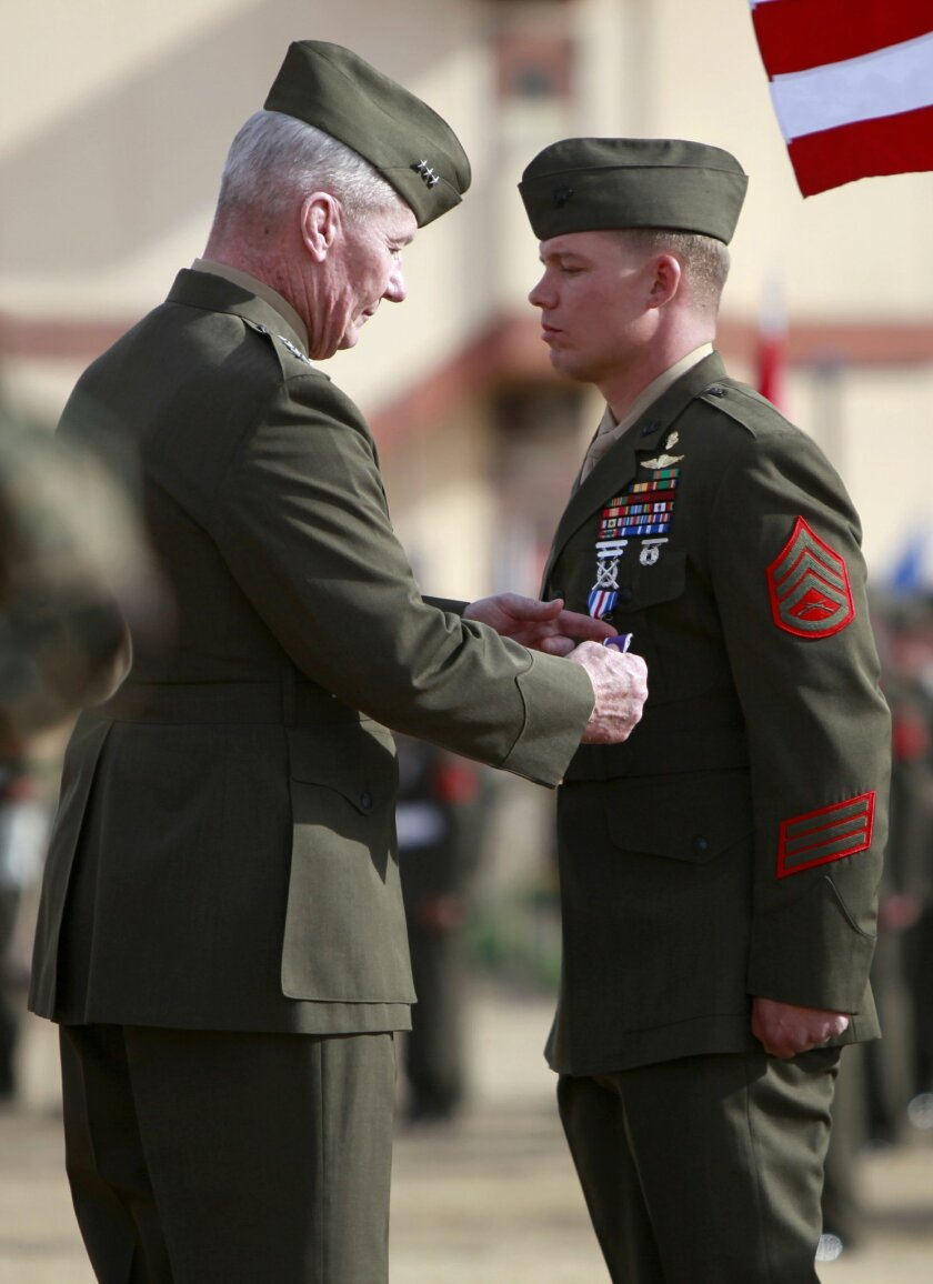 Lieutenant General John Toolan awarded Staff Sergeant Timothy Williams the silver star as well as the purple heart at an awards ceremony in Camp Pendelton. The 33-year-old noncomisssioned officer was awarded for acts of valor while serving in Afghanstan.