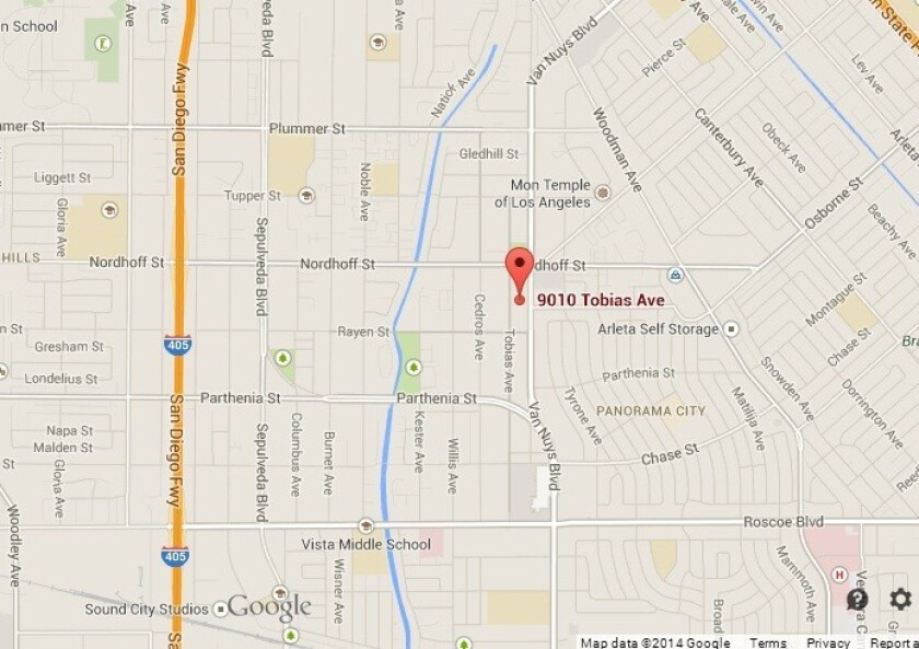Arletacalifornia Map.Man Is Shot Point Blank In The Head In Argument Over 50 Lapd Says