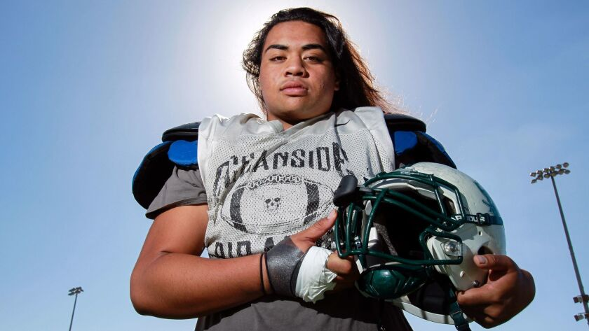 Donovan Laie hopes to compete for a starting job right away at Arizona.
