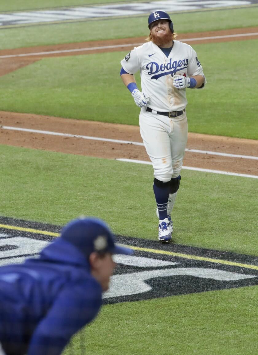 Dodgers third baseman Justin Turner shows frustration after just missing a homer.
