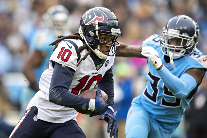 The Houston Texans are trading standout wide receiver DeAndre Hopkins to the Arizona Cardinals.