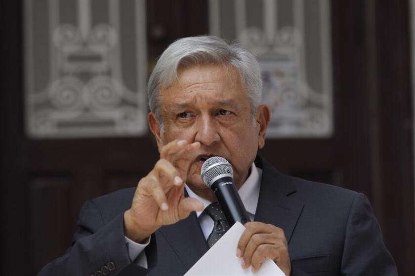 El presidente electo de México, Andrés Manuel López Obrador, ofrece una rueda de prensa. EFE/Archivo