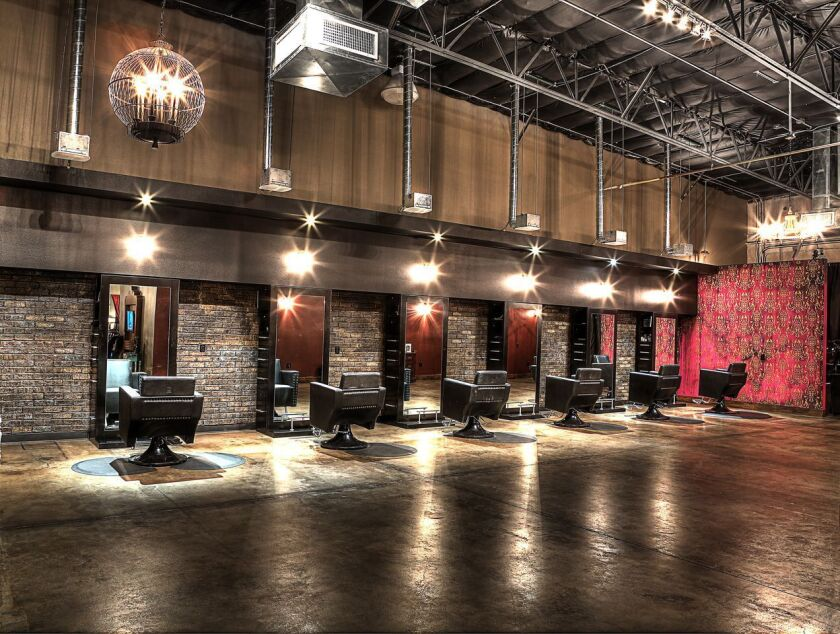 Platinum Entourage is the original blow dry bar in Las Vegas, setting the example for all that followed. Each blowout is only $35, but you can throw in an extra $10 and opt for a chic updo or an on-trend braid.