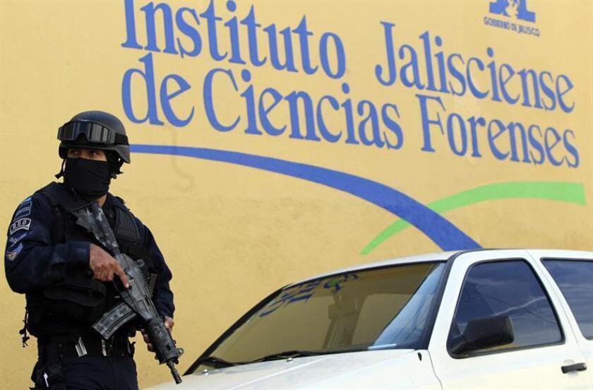 Saúl Galindo, diputado del Partido de la Revolución Democrática (PRD) en el occidental estado mexicano de Jalisco, murió hoy tras ser atacado a tiros mientras viajaba en su camioneta en el municipio de Tomatlán, informó la Fiscalía estatal. EFE/Archivo