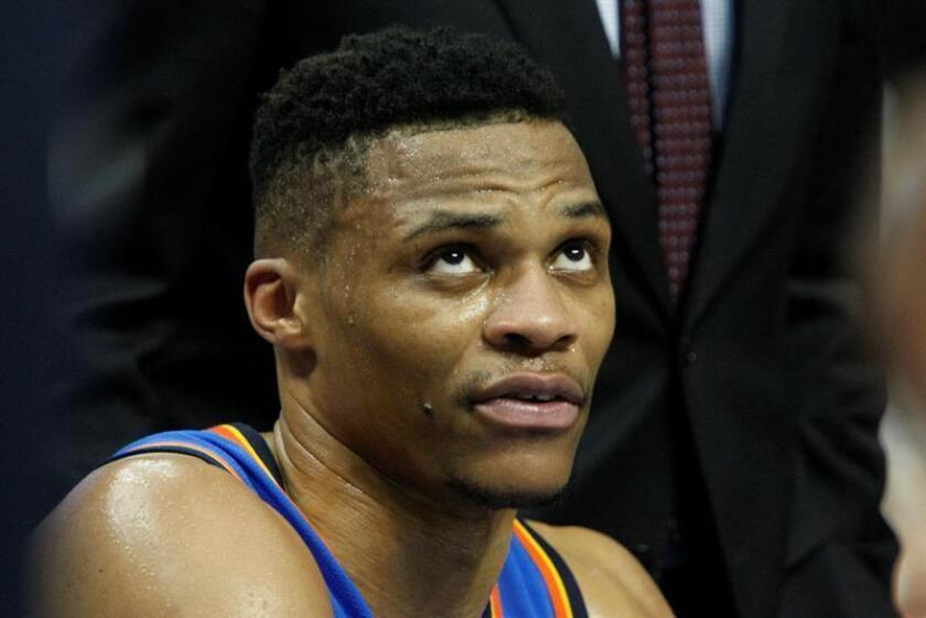 El jugador Russell Westbrook de Oklahoma City Thunder durante un partido de baloncesto de la NBA. EFE/Archivo