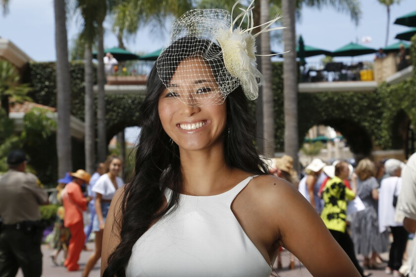 Del Mar's 81st meet kicks off with hats, horses and Hasselhoff - The