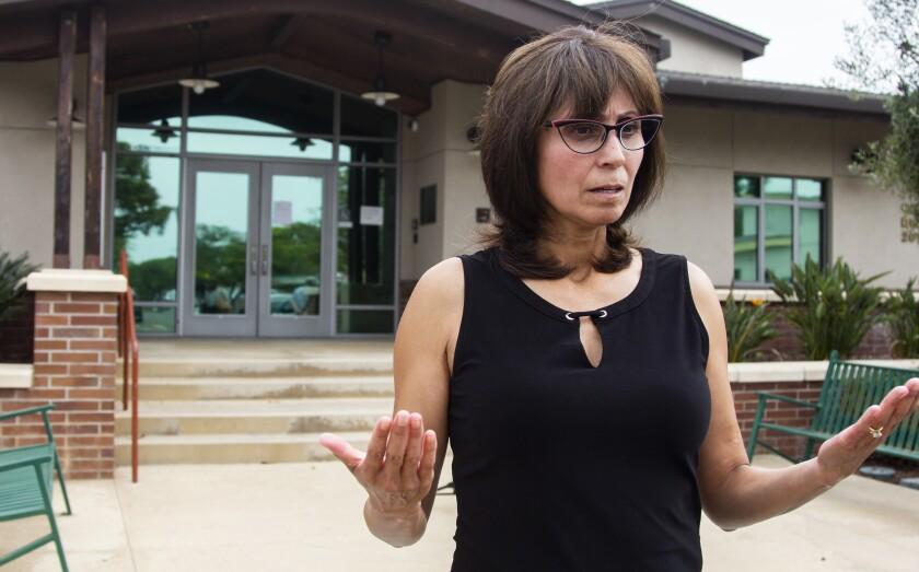 Marely Ramírez, miembro de InclusioNado, en una conferencia de prensa