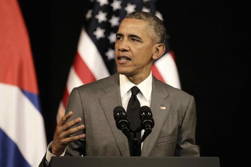 """El presidente, Barack Obama, prorrogó hoy por un año la declaración de emergencia con Cuba que modificó en 2016 respecto a la aprobada en 1996, tras el derribo de dos avionetas civiles de la organización de exiliados cubanos """"Hermanos al Rescate"""". EFE/ARCHIVO"""