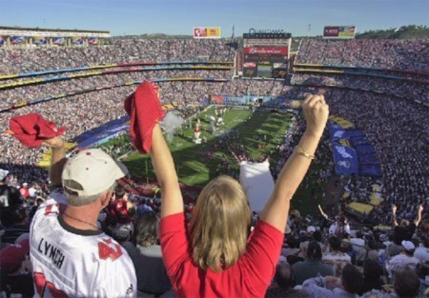 The last time San Diego hosted the Super Bowl was in 2003, when the Buccaneers defeated the Raiders at Qualcomm Stadium. (Union-Tribune file photo)