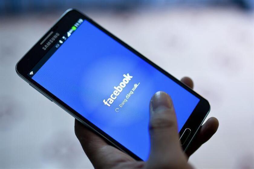 Según los datos más recientes de 2018, Facebook recibió alrededor del 20 % de todos los ingresos por publicidad generados en internet en Estados Unidos, únicamente por detrás de Google. EFE/Archivo