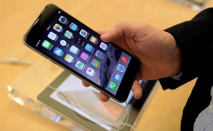 """""""Uno puede imaginarse a diferentes agentes del orden diciéndole a Apple que quieren un nuevo producto para acceder a algo"""", dijo hoy Olson en declaraciones a la cadena de televisión CNN."""