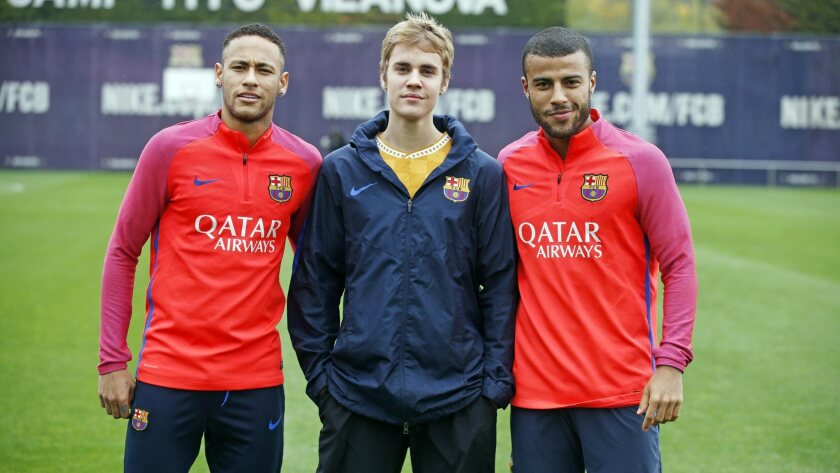 Justin Bieber with FC Barcelona players