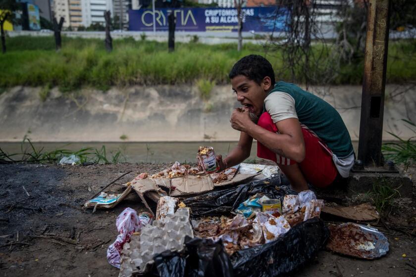 La cara m?s peque?a de la crisis corre multiplicada en las calles de Caracas