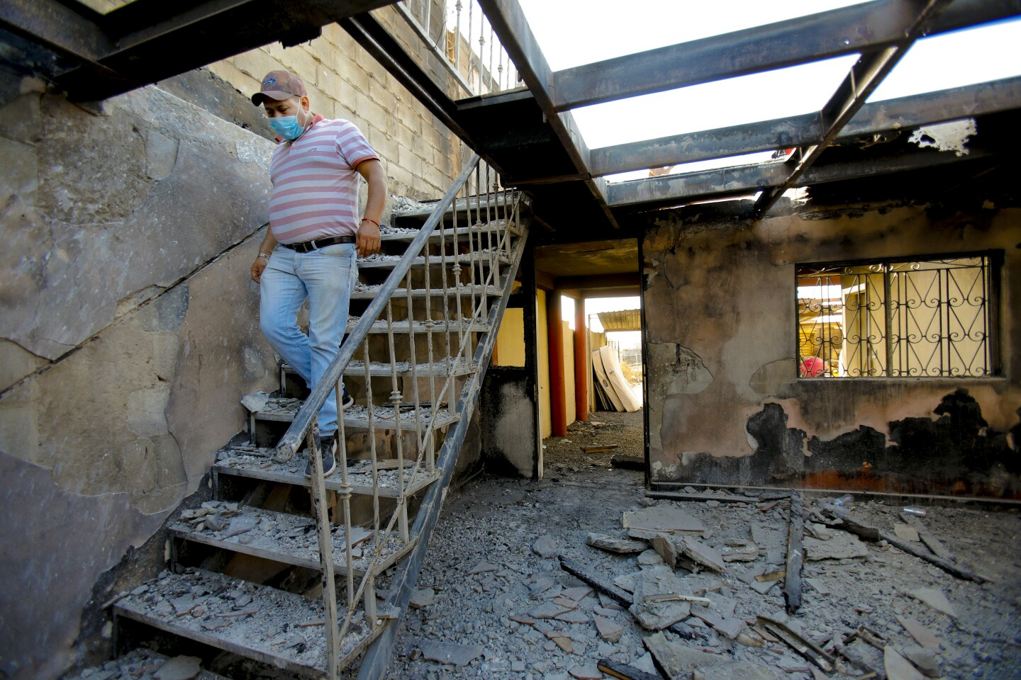 Rosarito rebuild after fire destroyed homes