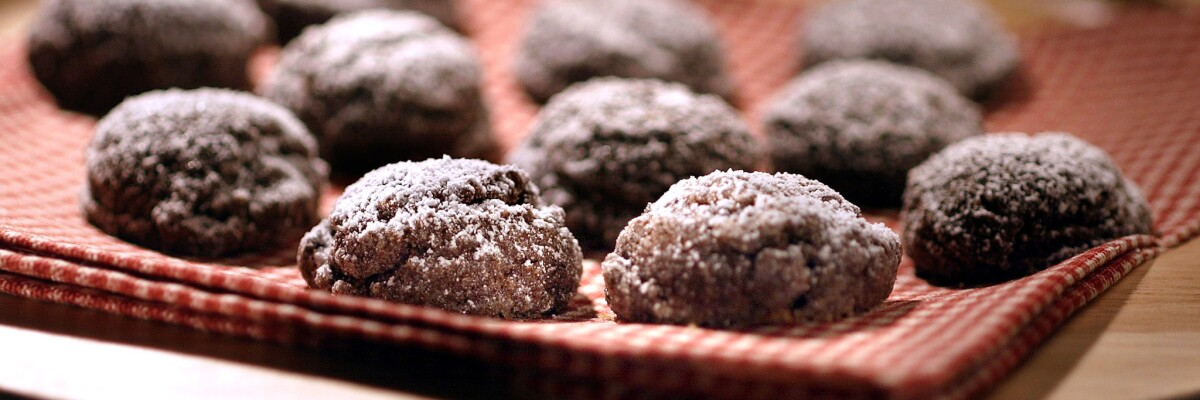 Gluten-free treats: Desserts and other sweet recipes