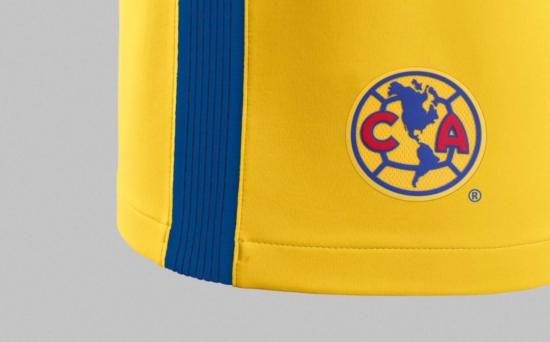 La nueva 'piel' es en tono amarillo encendido, una tonalidad presentada anteriormente en algunos de los uniformes más icónicos del América.