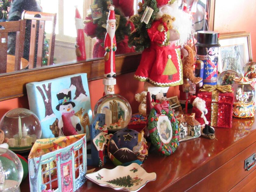 Gleaning creative ways to decorate for the holidays is a good reason to take the home tour.