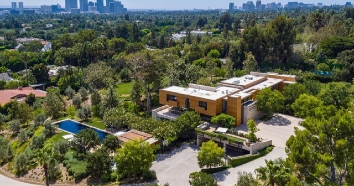 L.A. Olympic Organizing Committee head asks $82.5 million for Beverly Hills mansion