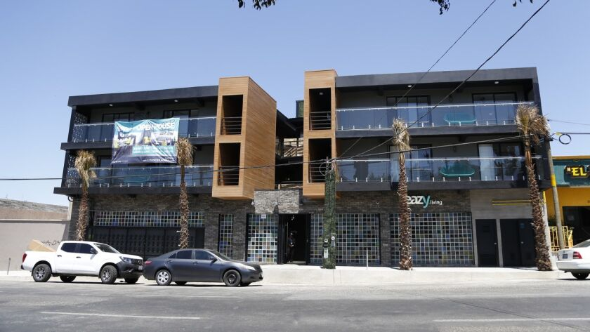Eazy Living and Commuter are new apartment developmens in Tijuana. Both Projects are in Zona Centro