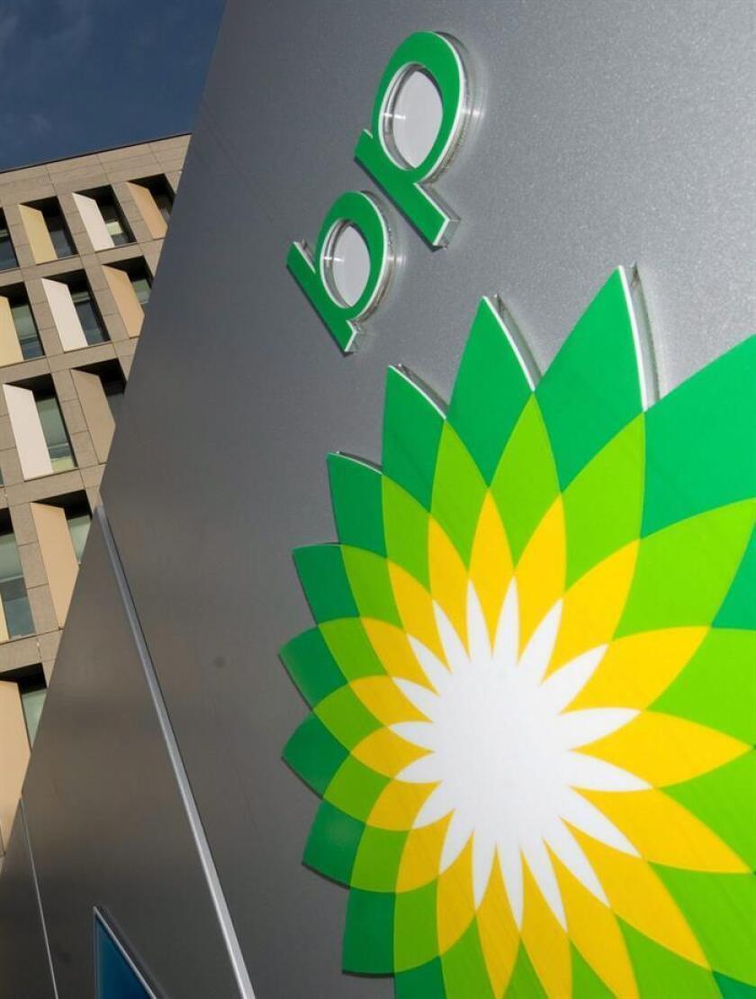 La petrolera británica BP anunció hoy que con la apertura de varias estaciones de servicio esta semana en el suroriental estado mexicano de Campeche alcanza las 300 gasolineras en México. EFE/ARCHIVO